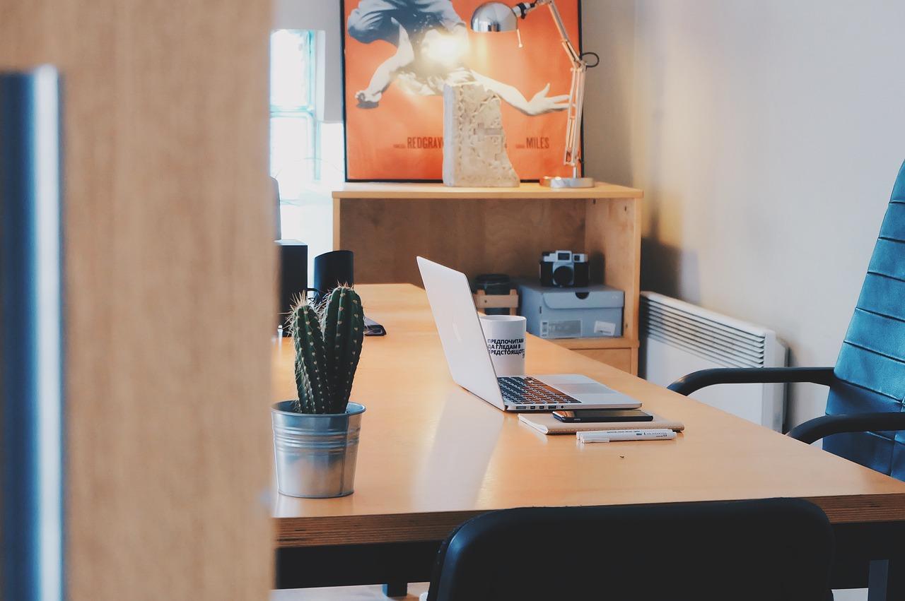 Décorer un lieu de travail : comment faire ?